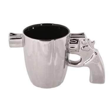 Zilveren mok pistool met loper bestellen